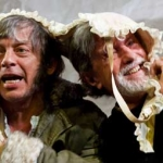 majakovskij al piccolo con la regia di serena sinigaglia: cimice o pulce da circo?